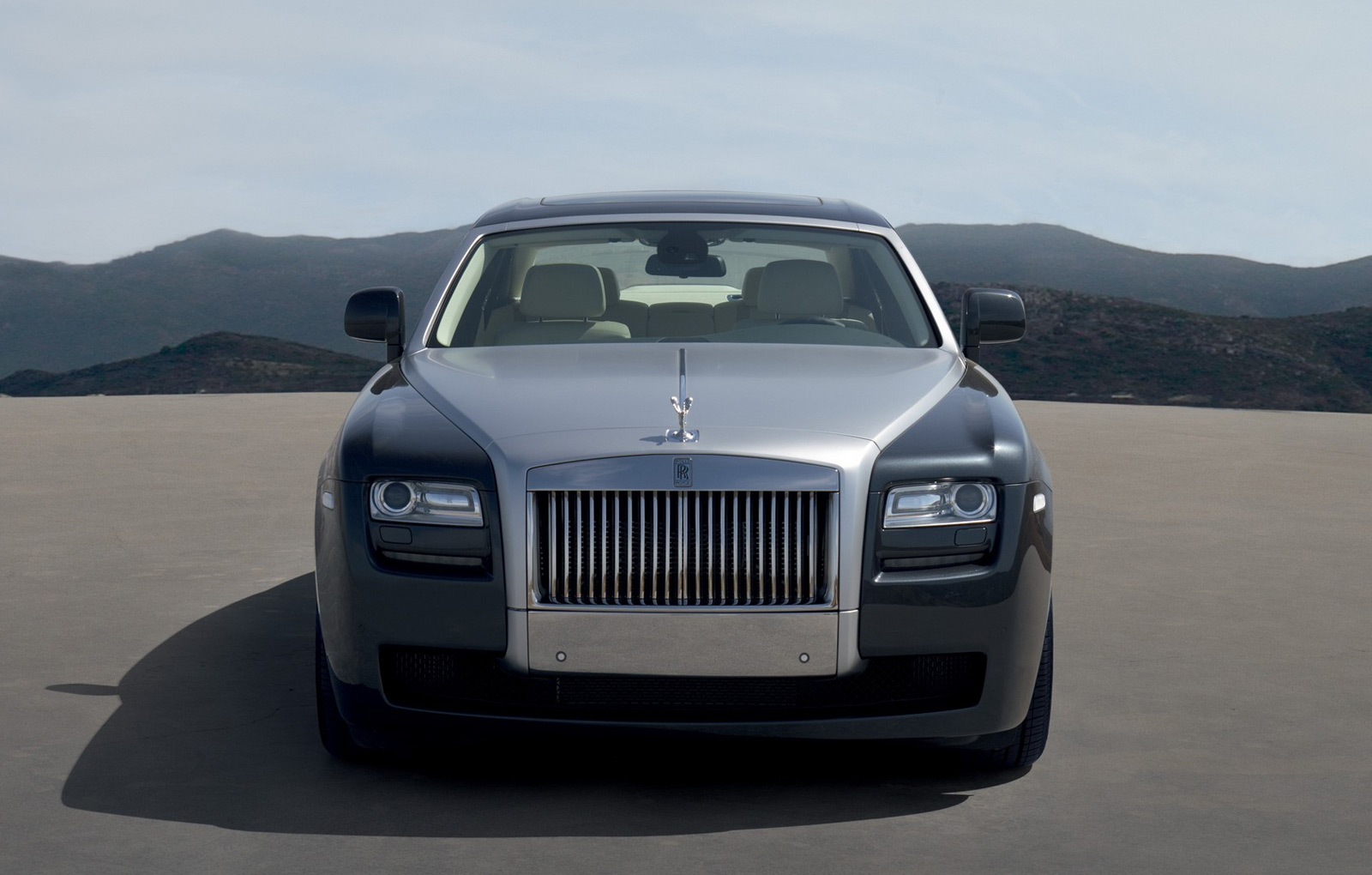 Oficial: Rolls-Royce Ghost