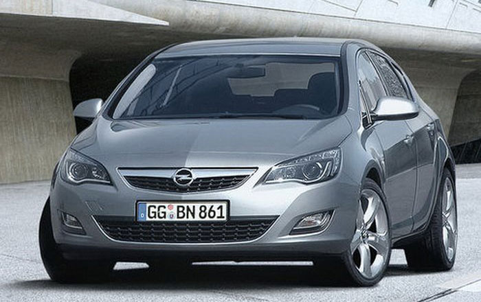 Opel Astra: Poze oficiale